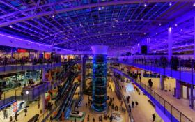 Атриум ТРЦ АвиаПарк в Москве / Atrium of AviaPark mall in Moscow