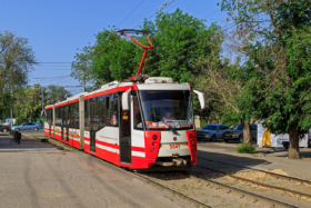 Трамвай ЛВС-2009 в Волгограде / Tram LVS-2009 in Volgograd / © A.Savin CC BY-SA 4.0, FAL