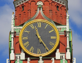 Часы-куранты на Спасской башне в Москве / Kremlin Clock on the Spasskaya Tower of the Moscow Kremlin / © A.Savin CC BY-SA 4.0, FAL