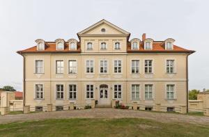 Поместье в Грубе, Бад-Вильснак, Бранденбург, Германия / Manor in Grube, Bad Wilsnack, Brandenburg, Germany / © A.Savin CC BY-SA 4.0, FAL