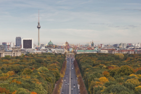 Вид на Берлин с Колонны Победы / View from the Victory Column towards Mitte, Berlin, Germany / © A.Savin CC BY-SA 4.0, FAL