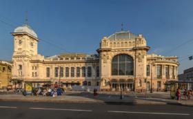 Витебский вокзал в Санкт-Петербурге / Vitebsky Rail Terminal in Saint Petersburg / © Florstein CC BY-SA 4.0, FAL