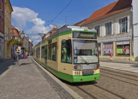 Трамвай MGT6D в Бранденбурге / Tram MGT6D in Brandenburg / © A.Savin CC BY-SA 4.0, FAL