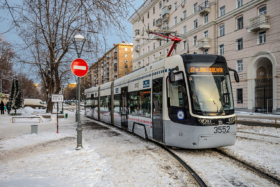 Трамвай Pesa Fokstrot в Москве / Tram Pesa Fokstrot in Moscow / © Florstein CC BY-SA 4.0, FAL