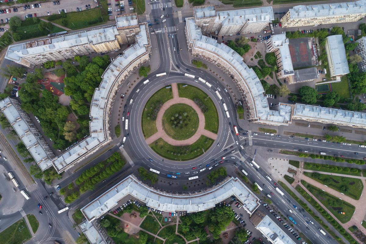 Aerial photo of Komsomolskaya Square in Saint Petersburg